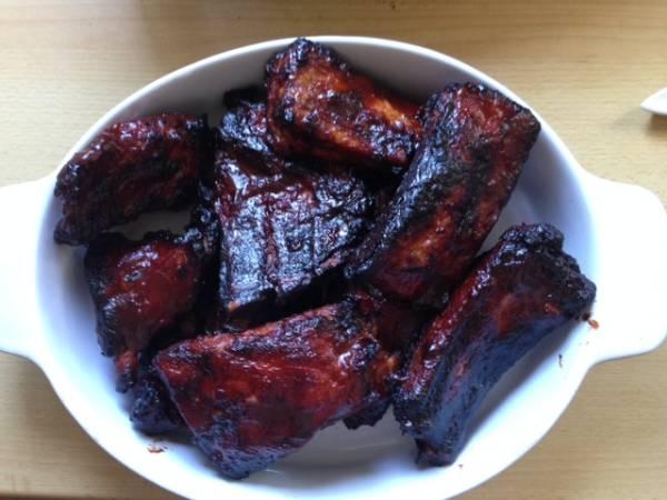 Costillar de cerdo con salsa barbacoa