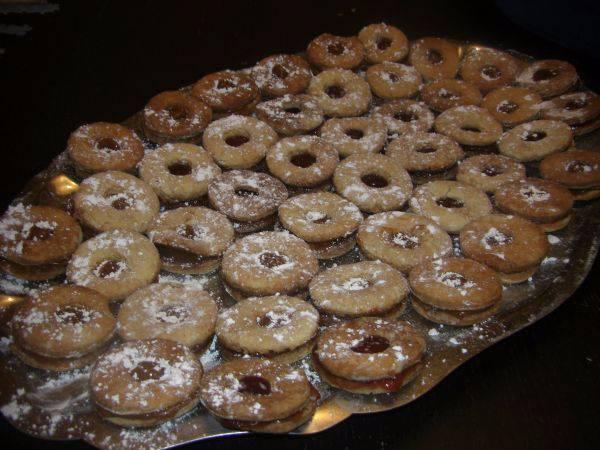 Biscochitos rellenos (ojitos)