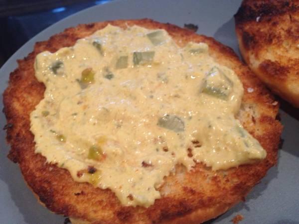 Hamburgesa rellena de queso