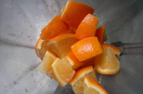 Budín de naranja licuado